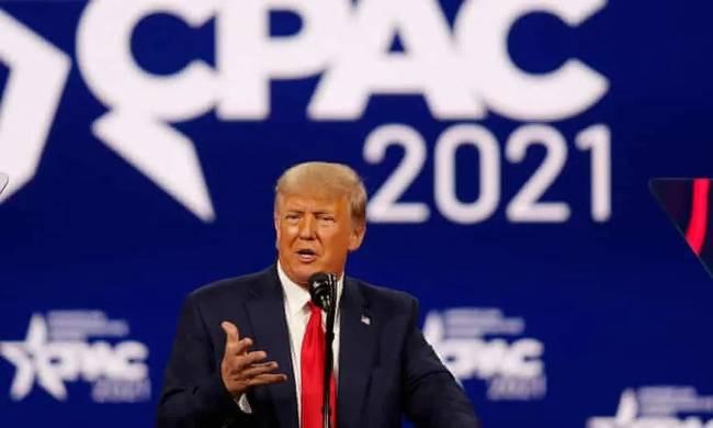 特朗普暗示或参加2024总统大选 抨击拜登不忘扯上